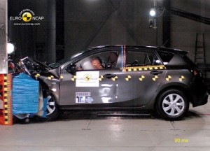 Mazda3_EuroNCAP_5_Sterne_de_jpg72