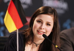 Eurovision Song Contest 2010 - Lena Meyer-Landrut bei der Pressekonferenz in Oslo  NDR/Rolf Klatt