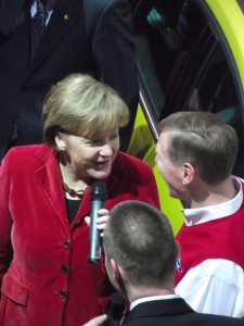 Cebit Digital Drive: Angela Merkel und Ford-Chef Alan Mulally auf der Cebit 2011 (c) Christel Weiher