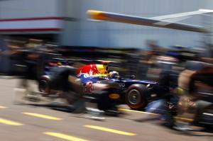 Sebastian Vettel (c) Steven Tee/LAT Photographic