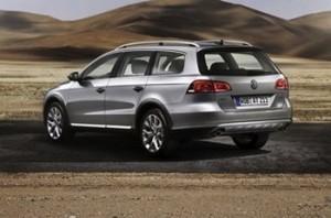 Tokyo Motor Show 2011 Weltpremiere des VW Passat Alltrack