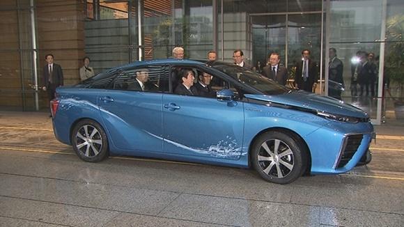 Toyota Mirai Das erste Serienfahrzeug mit Brennstoffzellenantrieb © Toyota