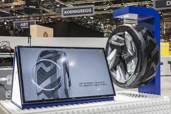 Goodyear Konzept-Reifen BH03 auf dem Genfer Autosalon 2015 © Goodyear