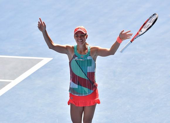 Angelique Kerber steht im Finale der Australian Open 2016 © Porsche AG