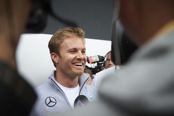 Formel 1 2016 Mercedes AMG Petronas Nico Rosberg in Silverstone in Startreihe 1 beim British GP F1 © Daimler AG