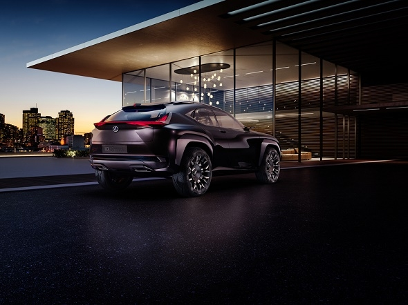 Lexus UX Konzept-Fahrzeug feiert Weltpremiere auf dem Pariser Autosalon 2016 © Lexus